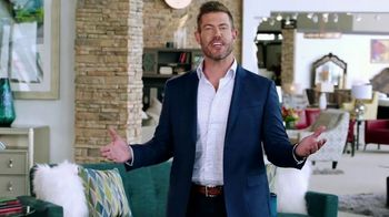 Rooms to Go Labor Day Sale TV Spot, 'Go Time' Featuring Jesse Palmer - Thumbnail 3
