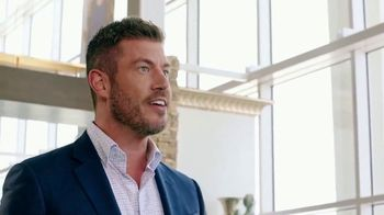 Rooms to Go Labor Day Sale TV Spot, 'Go Time' Featuring Jesse Palmer - Thumbnail 4