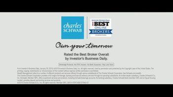 Charles Schwab TV Spot, 'Binoculars: Online Brokers' - Thumbnail 10