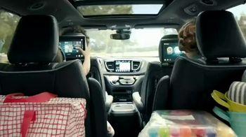 Chrysler Pacifica TV Spot, 'Disney Junior: A Whole New World' [T1] - Thumbnail 2