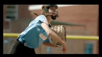 Little League Softball TV Spot, 'Confidence' - Thumbnail 7