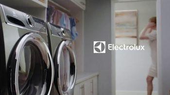 Electrolux TV Spot, 'Chef's Dress' - Thumbnail 1