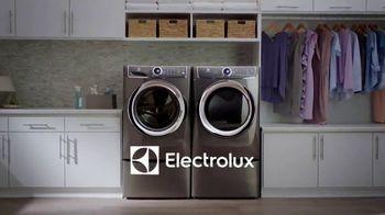 Electrolux TV Spot, 'Chef's Dress' - Thumbnail 3
