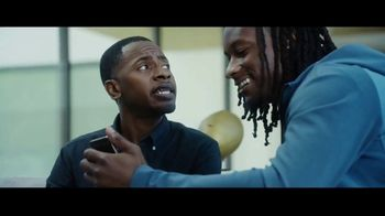 Hulu TV Spot, 'Todd Gurley's New Cat' Featuring Todd Gurley - Thumbnail 4