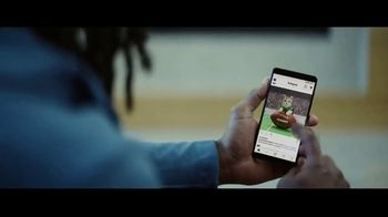 Hulu TV Spot, 'Todd Gurley's New Cat' Featuring Todd Gurley - Thumbnail 8