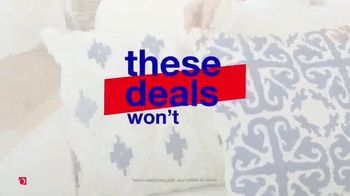Overstock.com Labor Day Blowout TV Spot, 'Top Sellers' - Thumbnail 8