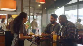 Denny's Super Slam TV Spot, 'Ya regresó' [Spanish] - Thumbnail 3