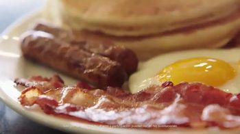 Denny's Super Slam TV Spot, 'Ya regresó' [Spanish] - Thumbnail 7
