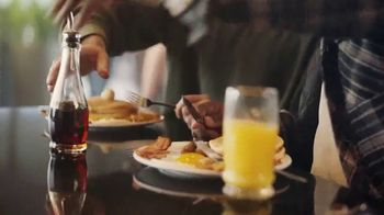 Denny's Super Slam TV Spot, 'Ya regresó' [Spanish] - Thumbnail 9