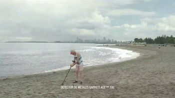 DURACELL Optimum TV Spot, 'Playa x oso' [Spanish] - Thumbnail 1