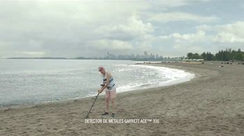 DURACELL Optimum TV Spot, 'Playa x oso' [Spanish] - Thumbnail 2