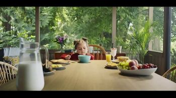 Life TV Spot, 'Picky-Eater Proof'