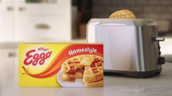 EGGO Homestyle Waffles TV Spot, 'The Dad's Inner Eggo Thoughts' - Thumbnail 7