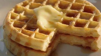 EGGO Homestyle Waffles TV Spot, 'The Dad's Inner Eggo Thoughts' - Thumbnail 4