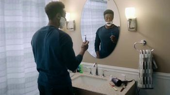 Gillette SkinGuard TV Spot, 'Years of Reviews' - Thumbnail 1