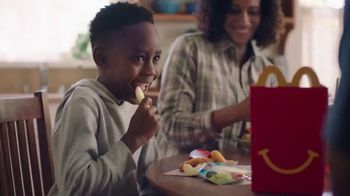 McDonald's Happy Meal TV Spot, 'Discover Space: McPlay App' - Thumbnail 4