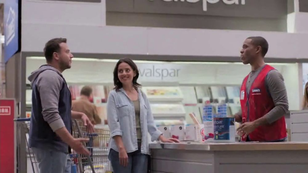 Lowe's Labor Day Savings TV Commercial, 'Select Appliances and Valspar  Paint' - Video
