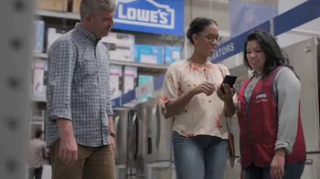 Lowe's Labor Day Savings TV Spot, 'Select Appliances and Valspar Paint' - Thumbnail 2