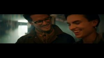 Transitions Optical TV Spot, 'Light Under Control: Meet Reed' Song by Parov Stelar - Thumbnail 4
