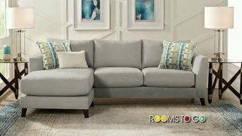 Rooms to Go Summer Sale and Clearance TV Spot, 'Contemporary Sectional' - Thumbnail 2