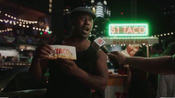 Burger King $1 Taco TV Spot, 'Surprise: 10 Nuggets' Song by Lipps, Inc. - Thumbnail 3