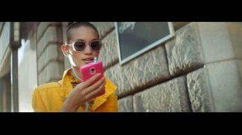 Transitions Optical Gen 8 Lenses TV Spot, 'Light Under Control' Song by Parov Stelar - Thumbnail 3