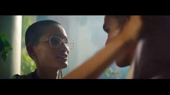 Transitions Optical Gen 8 Lenses TV Spot, 'Light Under Control' Song by Parov Stelar - Thumbnail 4