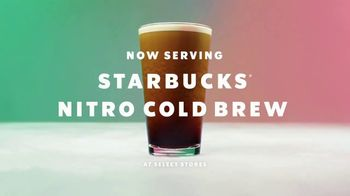 Starbucks Nitro Cold Brew TV Spot, 'Whoa Nitro' Song by Jungle - Thumbnail 10