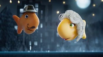 Goldfish Movie Maker TV Spot, 'Moonlit Movie Kiss'