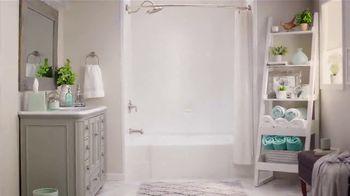 Bath Fitter TV Spot, 'Luxury Hotel' - Thumbnail 7