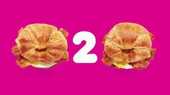 Dunkin' Donuts Go2s TV Spot, 'Dos veces bueno' [Spanish] - Thumbnail 3