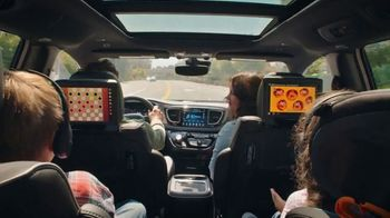 Chrysler Summer Clearance Event TV Spot, 'Great Deals' Song by Pinkfong [T2] - Thumbnail 3