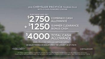 Chrysler Summer Clearance Event TV Spot, 'Great Deals' Song by Pinkfong [T2] - Thumbnail 5