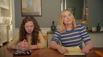 XFINITY TV Spot, 'Online Time Offer: Dishwasher' Featuring Amy Poehler - Thumbnail 3