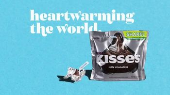 Hershey's Kisses TV Spot, 'Heartwarming the World: More Kisses' Song by Supertramp - Thumbnail 9