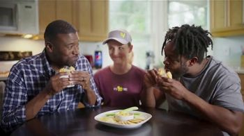 Bojangles' Pimiento Cheese Biscuit TV Spot, 'Give Pimiento Its Respect' - Thumbnail 5