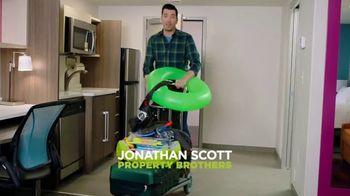 Home2 Suites by Hilton Bring It Sweepstakes TV Spot, 'Make Yourself at Home' Feat. Jonathan Scott - Thumbnail 2