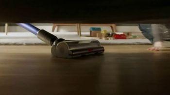 Dyson V11 TV Spot, 'Deep Clean Everywhere' - Thumbnail 5