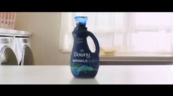 Downy WrinkleGuard TV Spot, 'Guilty' Song by Kimball Coburn - Thumbnail 9