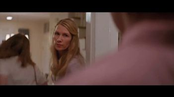 Downy WrinkleGuard TV Spot, 'Guilty' Song by Kimball Coburn - Thumbnail 4