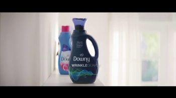Downy WrinkleGuard TV Spot, 'Guilty' Song by Kimball Coburn - Thumbnail 6