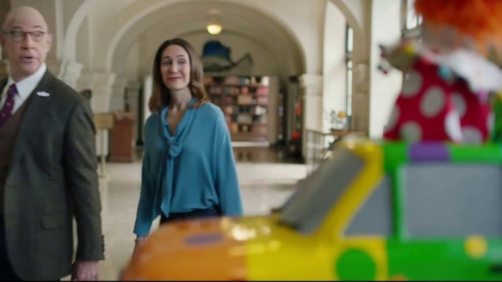 Farmers Insurance TV Commercial, 'Three-Ring Fender Bender ...