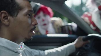 Farmers Insurance TV Spot, 'Three-Ring Fender Bender' - Thumbnail 6