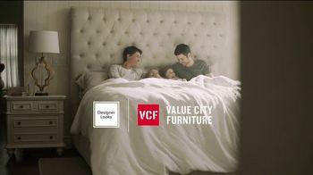 Value City Furniture End of Summer Sale TV Spot, 'Dream Mattress Studio: Dream Plus' - Thumbnail 2