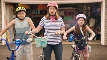 Dairy Queen Snickers Blizzard TV Spot, 'The DQ Snickers Blizzard Treat' - Thumbnail 2