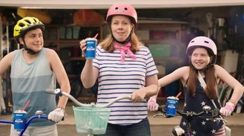Dairy Queen Snickers Blizzard TV Spot, 'The DQ Snickers Blizzard Treat'