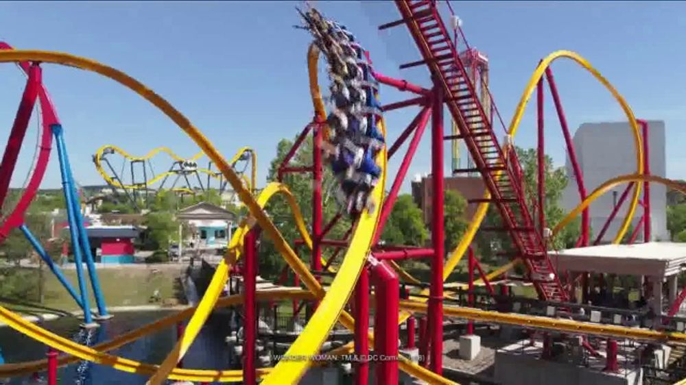 Six Flags Fiesta Texas TV Commercial, 'Thrill and Chill: Hurricane Harbor  Splashtown' - Video