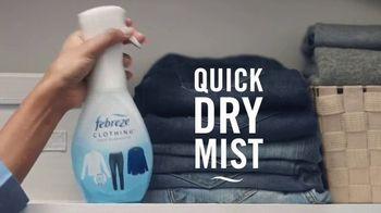 Febreze Clothing TV Spot, 'Quick Refresh' - Thumbnail 4