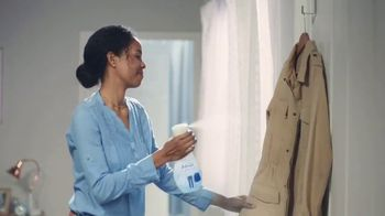Febreze Clothing TV Spot, 'Quick Refresh'