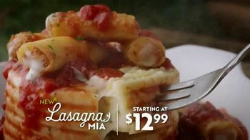 Olive Garden Lasagna Mia TV Spot, 'Roll Out'